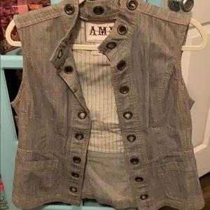 AMI vest (M)